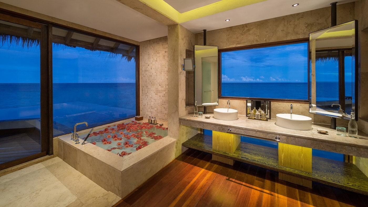 Jumeirah Vittaveli (c) Jumeirah Hotels & Resorts