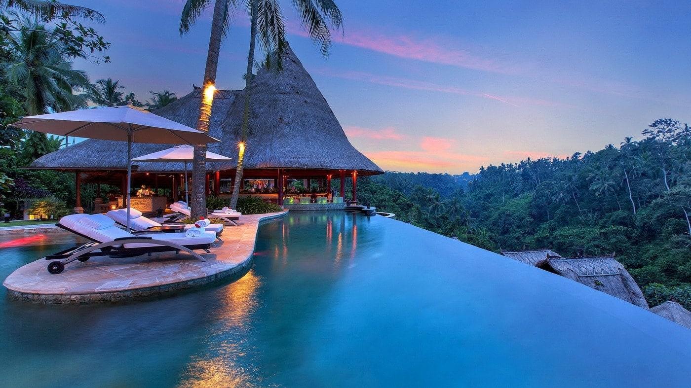luxus pur die top 10 der sch nsten hotel pools der welt. Black Bedroom Furniture Sets. Home Design Ideas