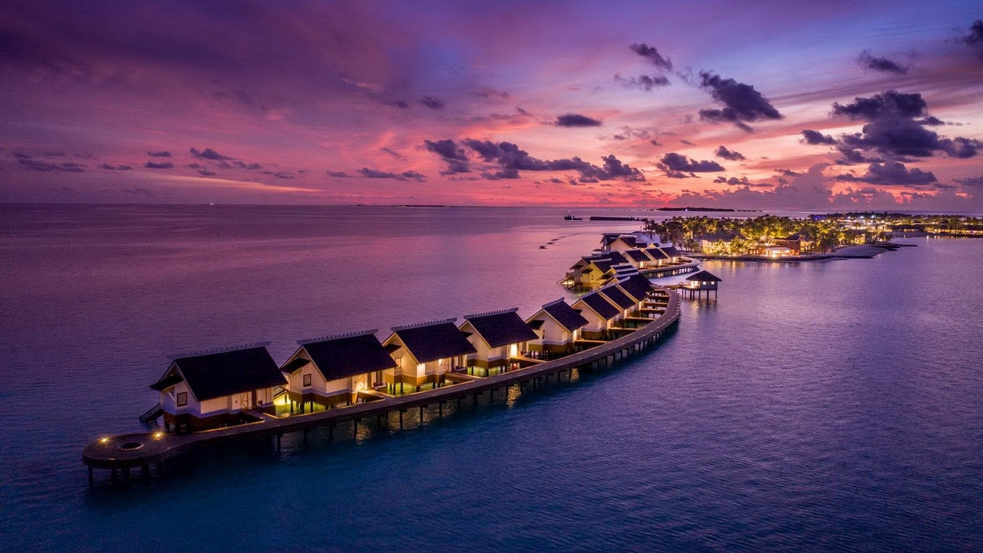 (c) SAii Lagoon Maldives, Curio Collection by Hilton