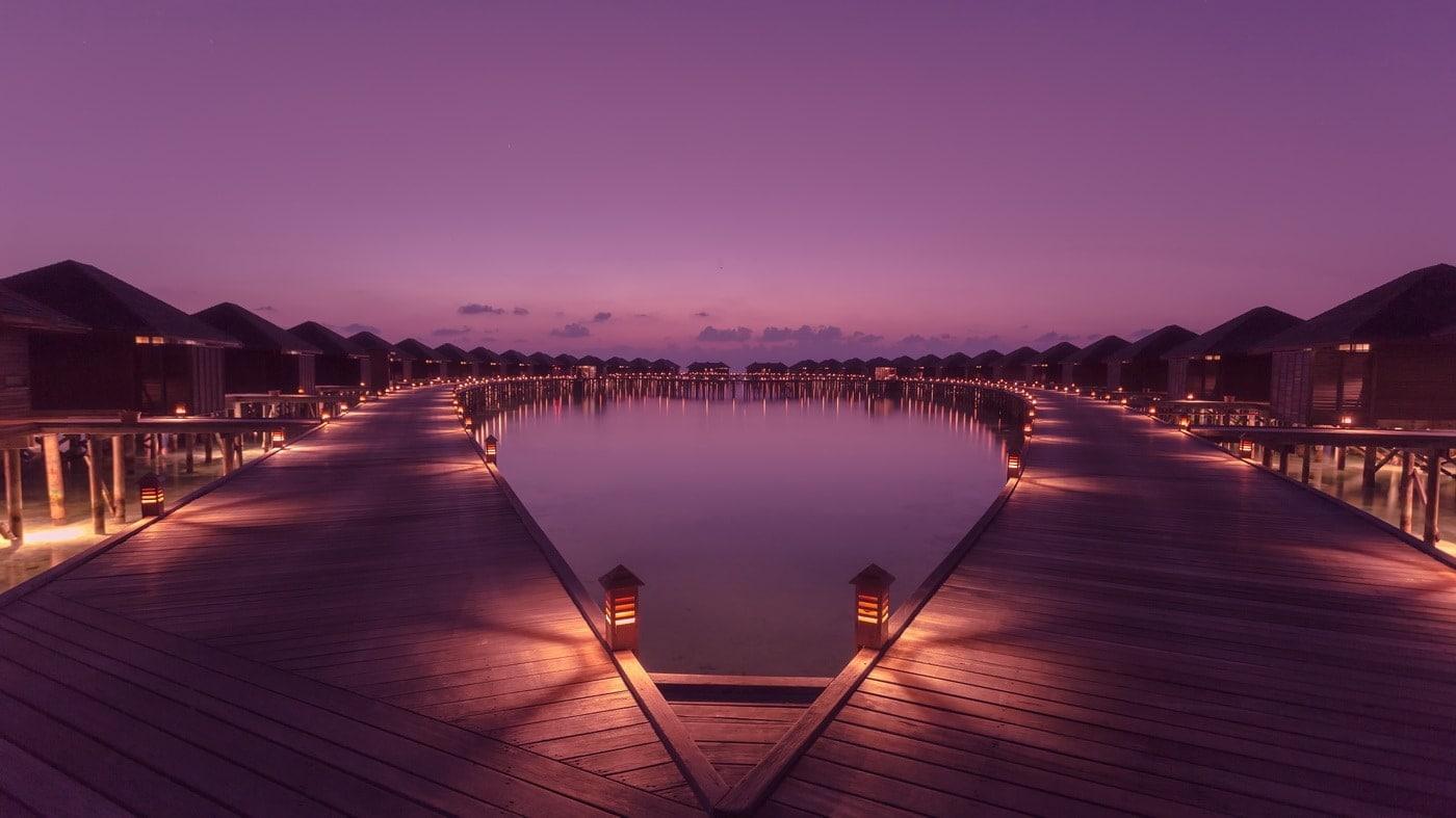 (c) Lily Beach Resort & Spa at Huvahendhoo