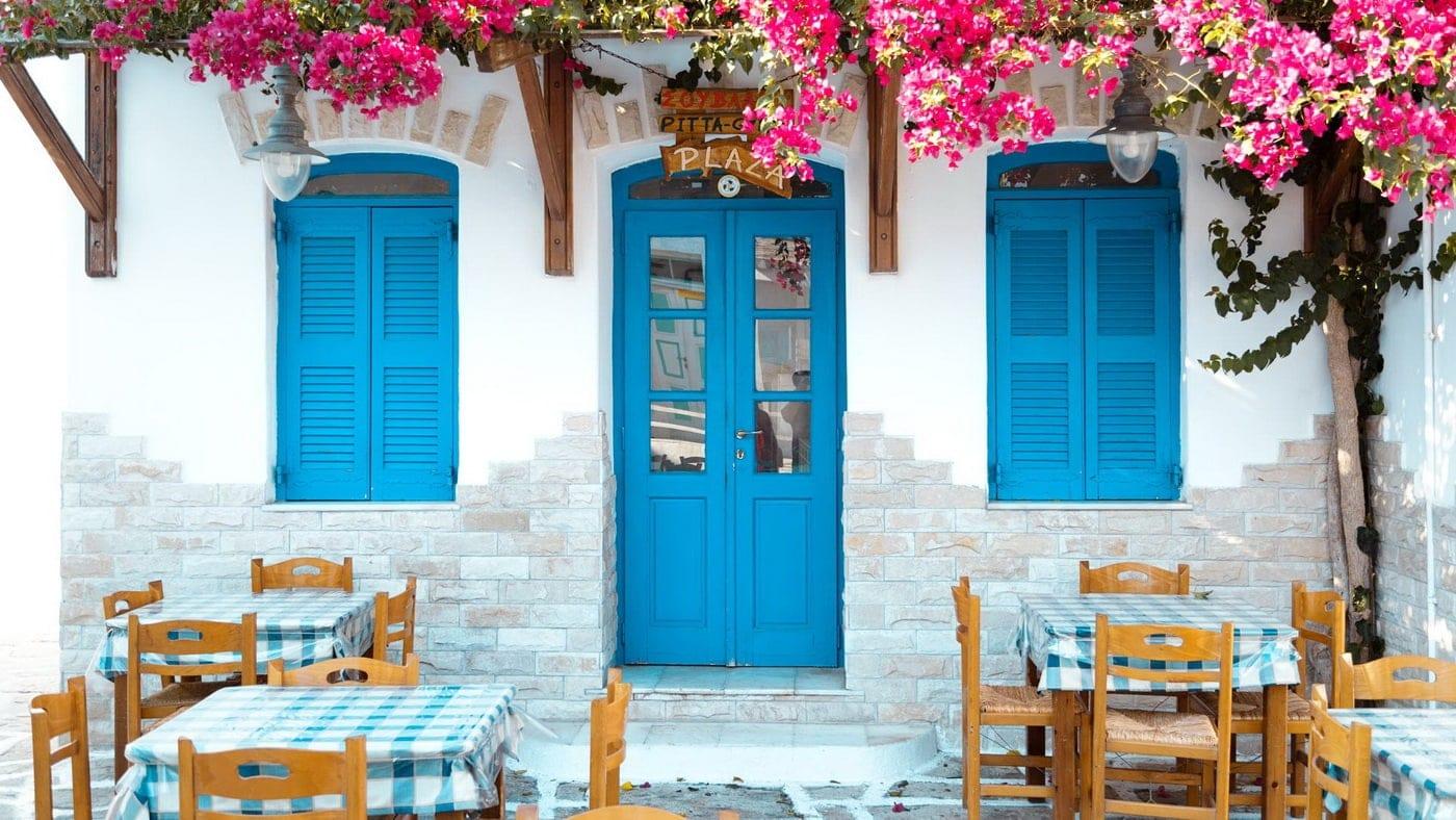 (c) Discover Greece
