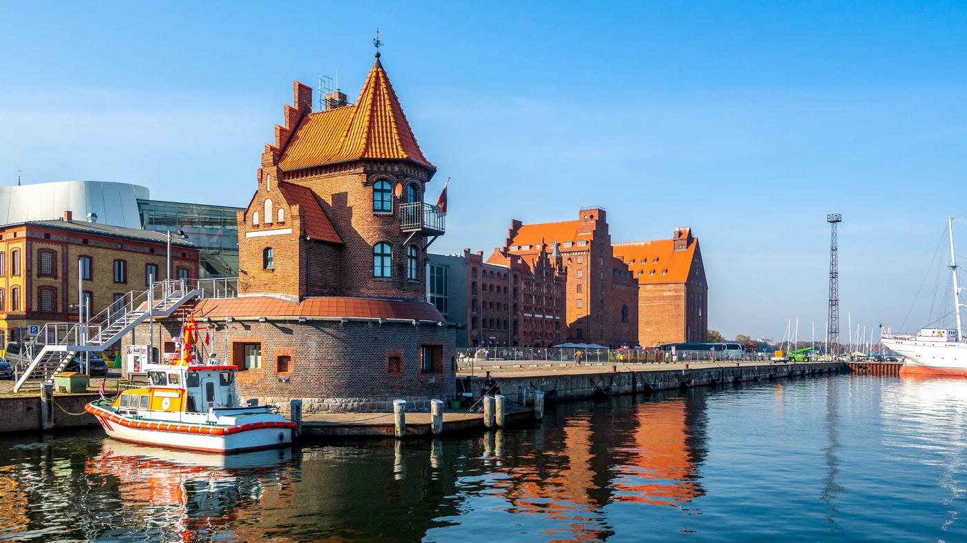 Stralsund (c) Shutterstock / Sina Ettmer Photography