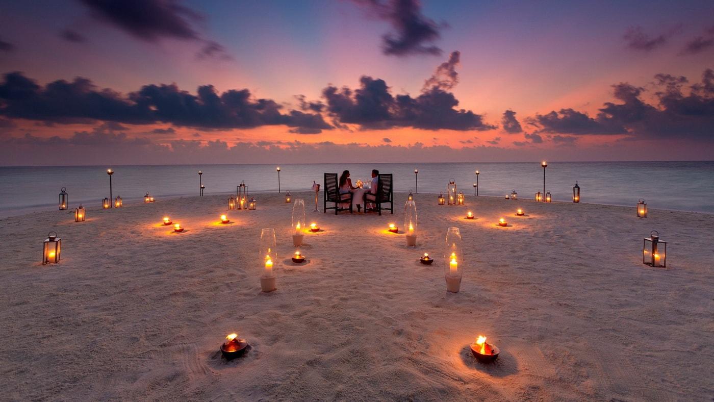 (c) Baros Maldives